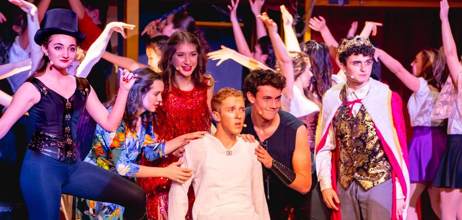 Flintridge Preparatory School Performing Arts